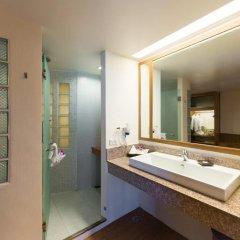 Отель Katathani Phuket Beach Resort 5* Номер Делюкс с двуспальной кроватью фото 5