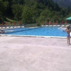 Teteven Hotel бассейн
