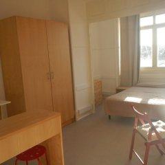 Отель Sunny Lisbon - Guesthouse and Residence 3* Улучшенный люкс с различными типами кроватей фото 3