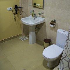 2x2 Cinema-Bar Hotel & Tours ванная фото 2