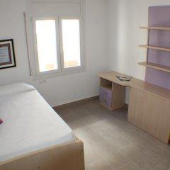 Отель Agi las Acacias Испания, Курорт Росес - отзывы, цены и фото номеров - забронировать отель Agi las Acacias онлайн комната для гостей фото 3