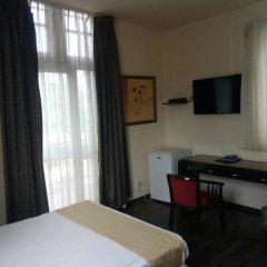 Отель Little House In The Colony Иерусалим удобства в номере