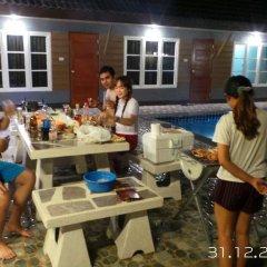Отель Benwadee Resort бассейн фото 2