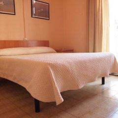 Отель Hostal Delfos Стандартный номер с двуспальной кроватью фото 7