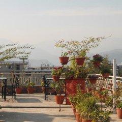 Отель Fewa Holiday Inn Непал, Покхара - отзывы, цены и фото номеров - забронировать отель Fewa Holiday Inn онлайн фото 4