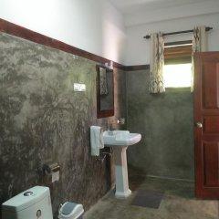 Отель Coco Cabana Шри-Ланка, Бентота - отзывы, цены и фото номеров - забронировать отель Coco Cabana онлайн ванная