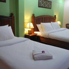 Отель Baan Sutra Guesthouse 3* Стандартный номер