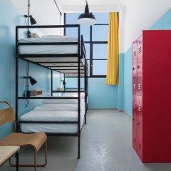 Fabrika Hostel & Suites - Hostel Кровать в общем номере с двухъярусной кроватью фото 11