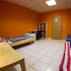 Хостел Seven Prague Номер с общей ванной комнатой с различными типами кроватей (общая ванная комната) фото 40
