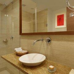 Отель Four Points by Sheraton New Delhi, Airport Highway 4* Номер Комфорт с различными типами кроватей фото 7