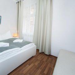 Апартаменты Ruzova Apartment By Ruterra комната для гостей фото 2
