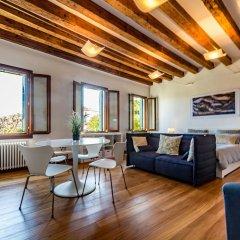 Отель La Gondola Rossa Италия, Венеция - отзывы, цены и фото номеров - забронировать отель La Gondola Rossa онлайн комната для гостей фото 4