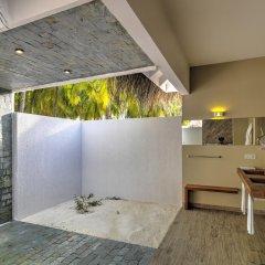 Отель Cocoon Maldives 5* Вилла с различными типами кроватей фото 2