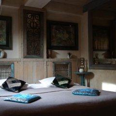 Отель Artists Residence in Tbilisi Грузия, Тбилиси - отзывы, цены и фото номеров - забронировать отель Artists Residence in Tbilisi онлайн комната для гостей фото 5