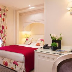 Hotel Queen Mary Paris в номере
