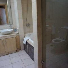 Отель Keys Please Holiday Homes - Jash Falqa Two Bedroom Seaview ОАЭ, Дубай - отзывы, цены и фото номеров - забронировать отель Keys Please Holiday Homes - Jash Falqa Two Bedroom Seaview онлайн ванная