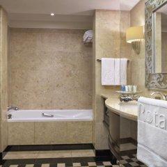 Отель Beach Rotana 5* Стандартный номер с различными типами кроватей фото 3