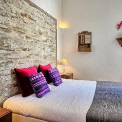 Апартаменты Localtraveling ALFAMA River View - Family Apartments комната для гостей фото 5