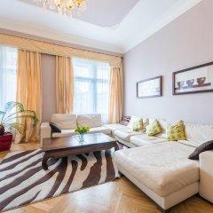 Апартаменты Wenceslas Square Apartment комната для гостей фото 2