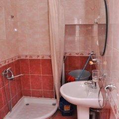 Отель Holiday Home On Charents ванная фото 2