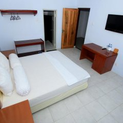 New Melati Hotel in Gorontalo, Indonesia from 14$, photos, reviews - zenhotels.com guestroom photo 3