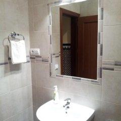 Отель Pension Catedral 2* Стандартный номер с двухъярусной кроватью (общая ванная комната) фото 4
