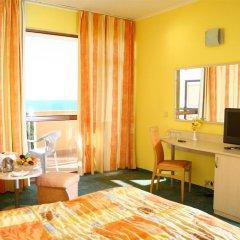Отель Berlin Green Park Болгария, Золотые пески - отзывы, цены и фото номеров - забронировать отель Berlin Green Park онлайн удобства в номере