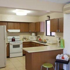 Отель Guam JAJA Guesthouse 3* Номер с общей ванной комнатой фото 30
