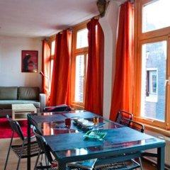 Отель The Swaen Juwelier Нидерланды, Амстердам - отзывы, цены и фото номеров - забронировать отель The Swaen Juwelier онлайн гостиничный бар