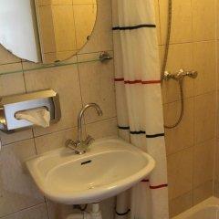 Budget Hotel The Orange Tulip Стандартный номер с различными типами кроватей фото 11