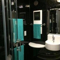 Отель My Glasgow Apartment Великобритания, Глазго - отзывы, цены и фото номеров - забронировать отель My Glasgow Apartment онлайн ванная