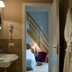 Отель Black 5 Florence 4* Стандартный номер с двуспальной кроватью фото 14