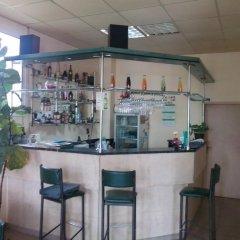 Отель Ambrozia Guest Rooms Сандански гостиничный бар