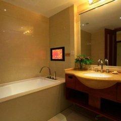 Nan Guo Hotel 4* Номер Делюкс с различными типами кроватей фото 3