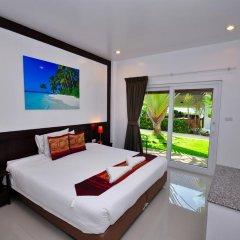 Phuket Airport Hotel 3* Улучшенный номер двуспальная кровать фото 9