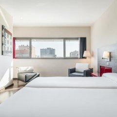 Отель ILUNION Barcelona 4* Стандартный номер с различными типами кроватей фото 29
