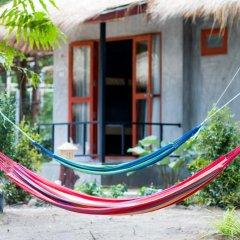 Blanco Hostel at Lanta бассейн