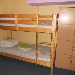 Old Town Hostel Кровать в общем номере с двухъярусной кроватью фото 3