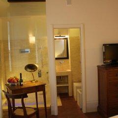 Отель B&B Righi in Santa Croce 4* Стандартный номер с различными типами кроватей фото 2