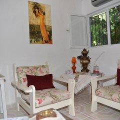 Отель Butterfly Guest House Номер с общей ванной комнатой фото 2