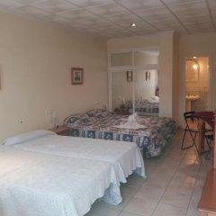 Hotel Costa Blanca Resort Рохалес комната для гостей фото 2