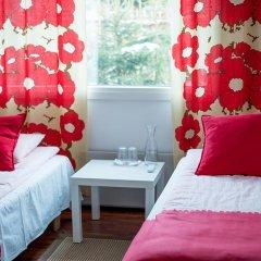 Отель Guesthouse Stranda Helsinki 2* Стандартный номер с 2 отдельными кроватями (общая ванная комната) фото 5