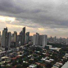 Отель City Garden Suites Manila Филиппины, Манила - 1 отзыв об отеле, цены и фото номеров - забронировать отель City Garden Suites Manila онлайн балкон