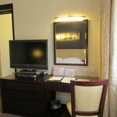 Отель Royal At Queens Сингапур удобства в номере