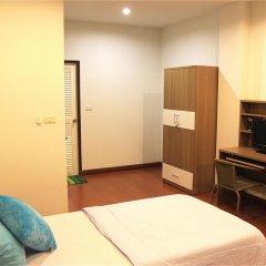 Ananas Phuket Central Hostel Пхукет удобства в номере