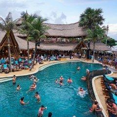 Отель THE HAVEN SUITES Bali Berawa бассейн фото 2