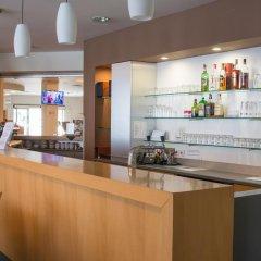 Отель CECHIE Прага гостиничный бар