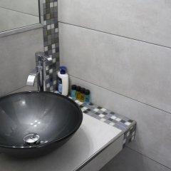 Отель Leta-Santorini Греция, Остров Санторини - отзывы, цены и фото номеров - забронировать отель Leta-Santorini онлайн ванная