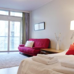 Апартаменты Kotimaailma Apartments Helsinki комната для гостей фото 2