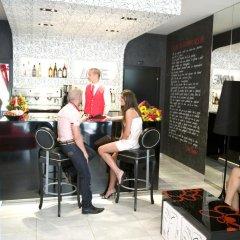Отель Coelho Италия, Гаттео-а-Маре - отзывы, цены и фото номеров - забронировать отель Coelho онлайн гостиничный бар